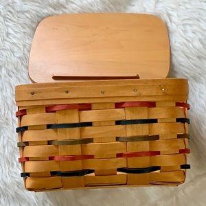 Longaberger Woodcrafts Basket with lid